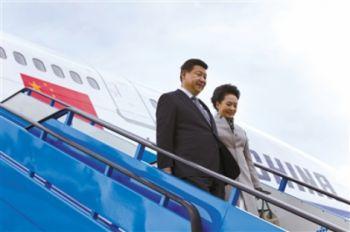 习近平偕夫人乘坐波音747专机抵达荷兰 皇家空军战机护航国王亲迎